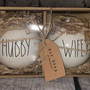 "NWT Rae Dunn ""Hubby""""Wifey"" 2pc ornament set"